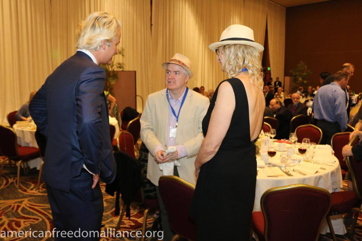 geert_wilders_with_ann_and_phelim